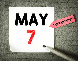 Note with 7 may