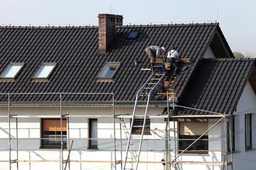 Obraz Dach, wymiana dachówki,roboty dekarskie. - fototapety do salonu