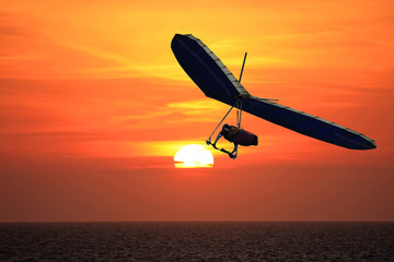 Wall Mural - Hang Glider at sunset