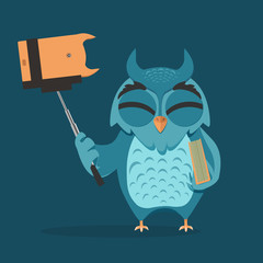 Owl with monopod