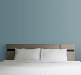 Printed kitchen splashbacks Chicken Bed in the bedroom