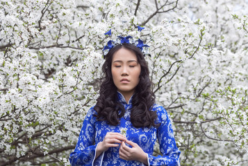 Vietnamese girl in Ao Dai