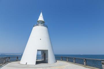 円すい型の灯台