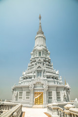 Oudong, stupa that contains relics of Buddha, full tower