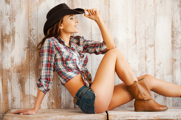 Adorable cowgirl.