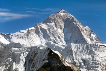 View of mount Makalu (8463 m) from Kongma La pass