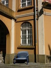 Vergitterte Fenster einer Textilfabrik in Oerlinghausen in OWL