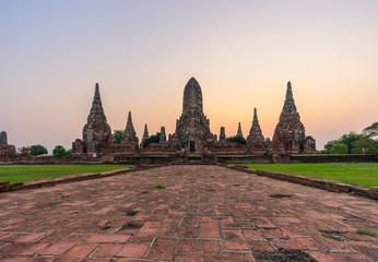 Wat Chaimongkol in the morning