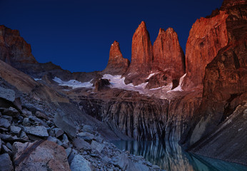 Wall Mural - Torres del paine before sunrise