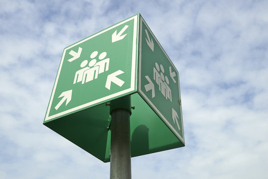 Meeting or assembly point sign