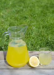 Lemonade with mint