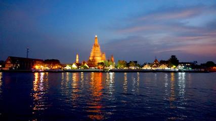 Temple of the dawn, Wat Arun Bangkok landmark at dusk