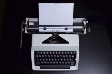 Manual Typewriter English Language