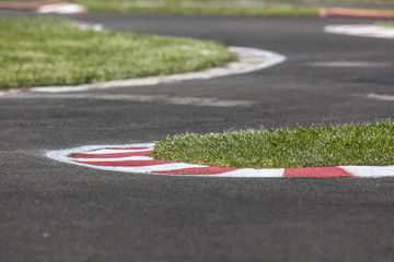Kurvenkombination bei einer Motorsportstrecke