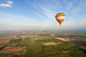 Photo sur Toile Aerien Blue sky and hot air balloon