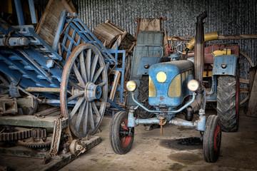 Fond de hotte en verre imprimé Bestsellers grange et tracteur