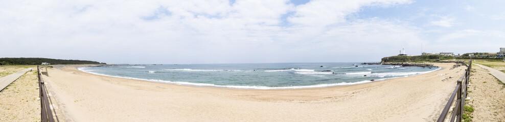 海岸の波打ち際