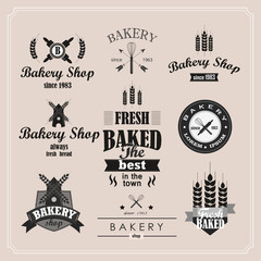 Retro Bakery logotypes set. Vintage badges and labels set.