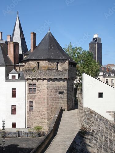Wall mural Château des ducs et tour de Bretagne à Nantes.