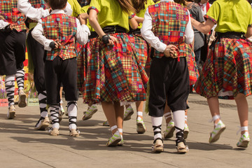 Baile tradicional catalán