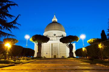 Roma Basilica dei Santi Pietro e Paolo