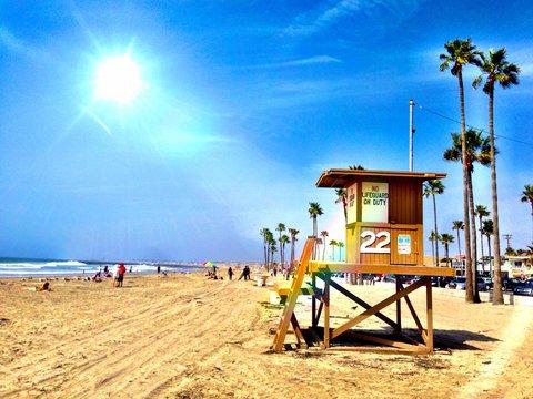 Sunny day at the beach in Newport Beach CA