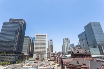 東京駅丸の内ビル群
