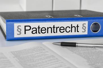 Aktenordner mit der Beschriftung Patentrecht
