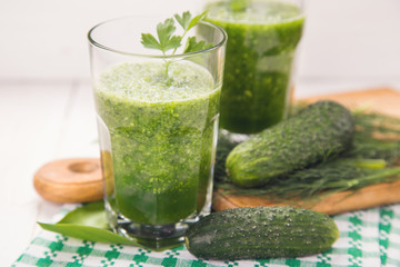 smoothie with cucumber