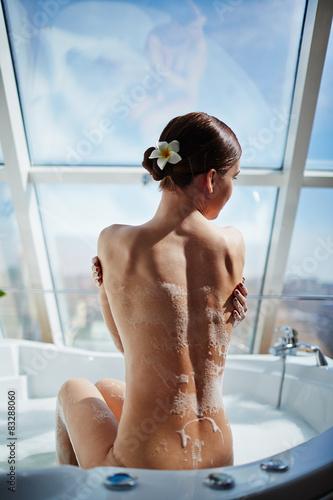 фото оголених жінок за