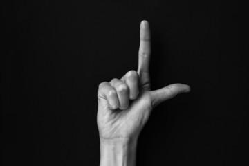 Dactil alphabet L