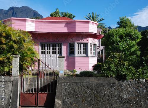 Ile de la reunion maison case creole photo libre de droits sur la banque d 39 images for Maison de la reunion