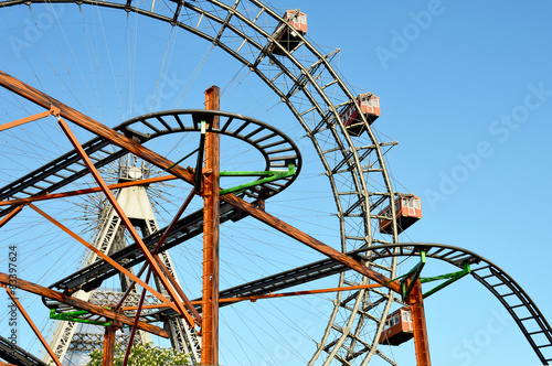 Achterbahn Vor Dem Riesenrad Im Wiener Prater Stock Photo And