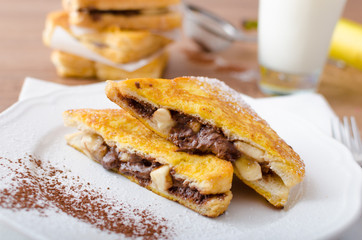 French toast stuffed with chocolate and banana