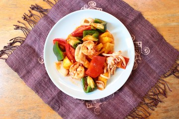Pad Bprieow Wann : Thai food