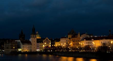 вечерние улица Праги