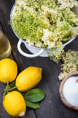 Preparation of homemade elderflower cordial
