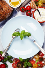 Tomato and basil sandwiches