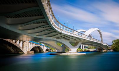 Lyon, passerelle Raymond Barre, Lyon confluence