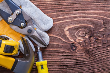 Tape-measure construction glove claw hammer screwdriver and nipp