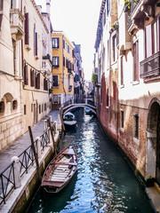 Venise un canal