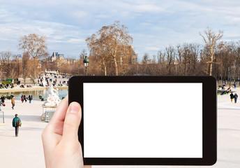 tourist photographs of Tuileries Garden, Paris