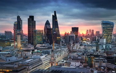 Foto auf Acrylglas London LONDON, UK - JANUARY 27, 2015: London's panorama in sun set.