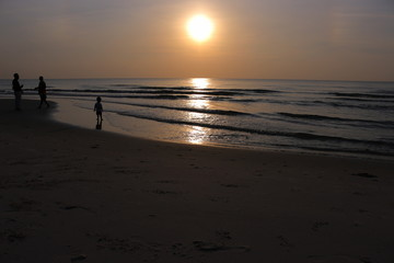 Shadow person sun./ Silhouettes on the Sand