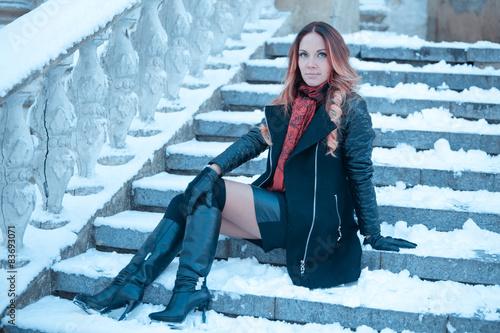 Под юбкой зимой