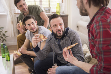 Pizza is great idea for meal with friends