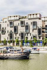 Marina sur la Saône quartier confluence