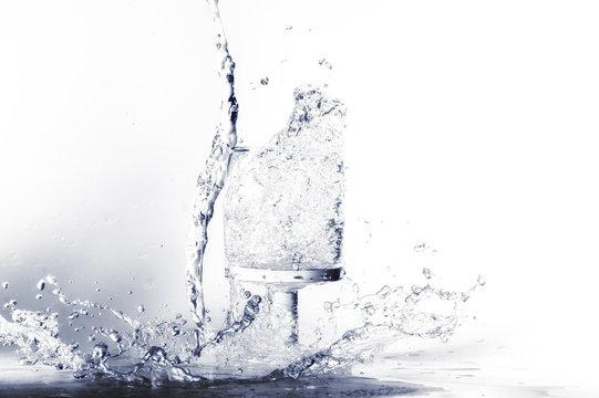 Acqua che cade