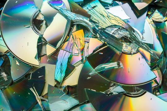 Data destruction: broken CD and DVD disks