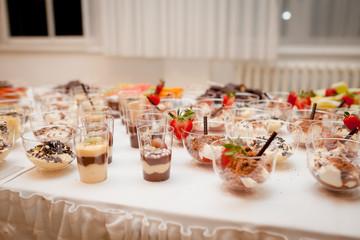 catering essen party dessert